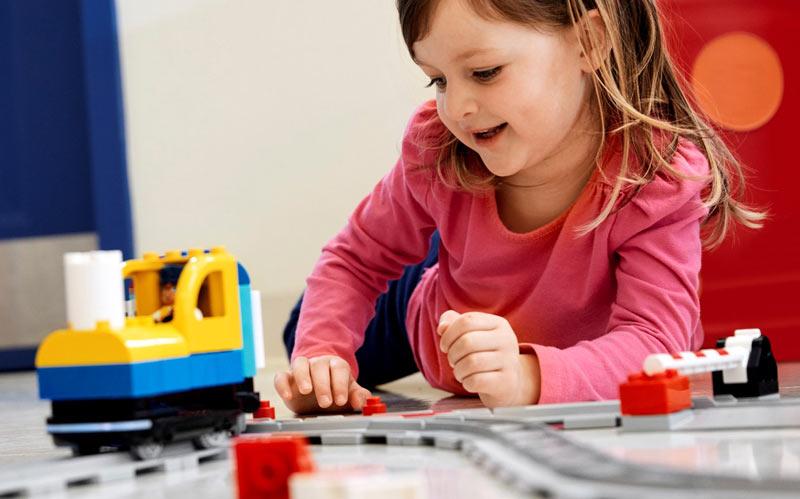Lego education Coding Express ja lapsi